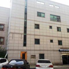 Отель New Sun Guesthouse Myeongdong парковка