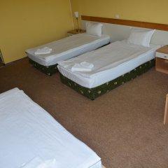 Отель Juli Болгария, Солнечный берег - отзывы, цены и фото номеров - забронировать отель Juli онлайн комната для гостей фото 4