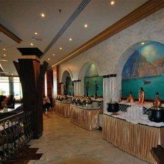 Отель Sahara Beach Resort & Spa ОАЭ, Шарджа - 7 отзывов об отеле, цены и фото номеров - забронировать отель Sahara Beach Resort & Spa онлайн гостиничный бар