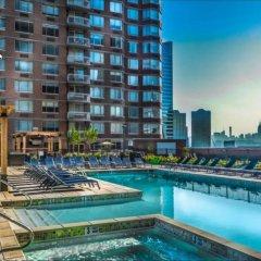 Отель M2 США, Джерси - отзывы, цены и фото номеров - забронировать отель M2 онлайн бассейн