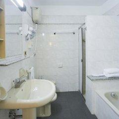 Отель Zanhotel Tre Vecchi Болонья ванная