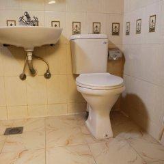 Отель Nepalaya Непал, Катманду - отзывы, цены и фото номеров - забронировать отель Nepalaya онлайн ванная фото 2