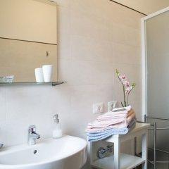 Отель PORTAVENEZIA bed-room-apartment Италия, Падуя - отзывы, цены и фото номеров - забронировать отель PORTAVENEZIA bed-room-apartment онлайн ванная