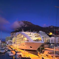 Отель Sunborn Gibraltar пляж фото 2
