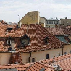 U Stare Pani - At the Old Lady Hotel Прага балкон