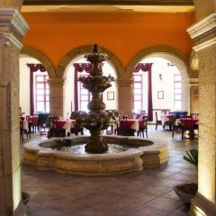 Отель Morales Historical And Colonial Downtown Core Гвадалахара интерьер отеля