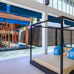 Отель X2 Vibe Phuket Patong бассейн фото 2