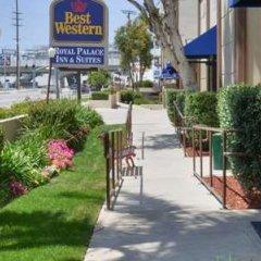 Отель Best Western Royal Palace Inn & Suites США, Лос-Анджелес - отзывы, цены и фото номеров - забронировать отель Best Western Royal Palace Inn & Suites онлайн фото 2