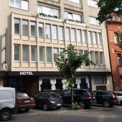 Hotel Belgrade Inn парковка