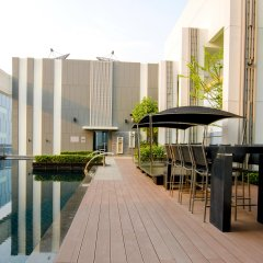 Отель Ariva Ivy Ampio бассейн