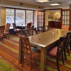 Отель Days Inn Newark Delaware гостиничный бар