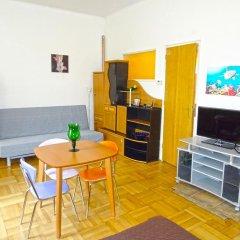 Апартаменты Apartments Comfort Прага комната для гостей фото 2