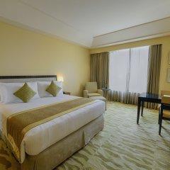 Отель The Grand New Delhi комната для гостей фото 4
