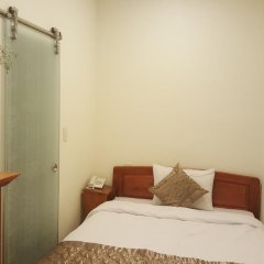 Отель Nam Xuan Далат сейф в номере