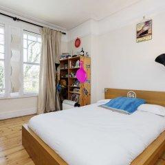 Отель Veeve - Big Oakfield House Великобритания, Лондон - отзывы, цены и фото номеров - забронировать отель Veeve - Big Oakfield House онлайн комната для гостей фото 4