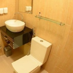 SeaHouse Maldives TopDeck Hotel in North Male Atoll, Maldives from 147$, photos, reviews - zenhotels.com bathroom photo 2
