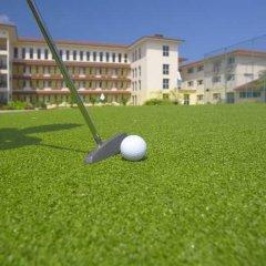 Отель Hulhule Island Hotel Мальдивы, Мале - отзывы, цены и фото номеров - забронировать отель Hulhule Island Hotel онлайн спортивное сооружение