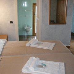 Отель Azzano Holidays Bed & Breakfast Меззегра комната для гостей фото 2