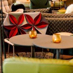 Отель Motel One Salzburg-Süd Австрия, Зальцбург - отзывы, цены и фото номеров - забронировать отель Motel One Salzburg-Süd онлайн бассейн фото 2
