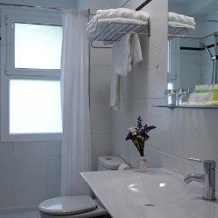 Отель Avenida Сан-Себастьян ванная