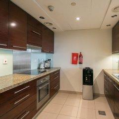 Апартаменты One Perfect Stay - Studio at Burj Views Дубай в номере фото 2
