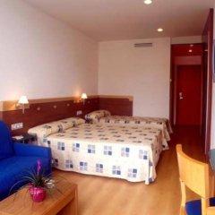 Отель Blaucel Испания, Бланес - 1 отзыв об отеле, цены и фото номеров - забронировать отель Blaucel онлайн комната для гостей фото 2