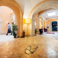 Отель Antico Hotel Roma 1880 Италия, Сиракуза - отзывы, цены и фото номеров - забронировать отель Antico Hotel Roma 1880 онлайн интерьер отеля фото 2