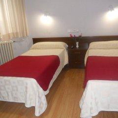 Отель Hostel Olga Испания, Мадрид - 1 отзыв об отеле, цены и фото номеров - забронировать отель Hostel Olga онлайн комната для гостей фото 4