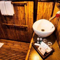 Отель Cocotero Resort The Hidden Village Ланта ванная фото 2