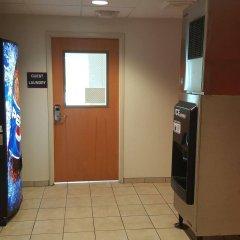 Отель Motel 6 Niagara Falls - New York США, Ниагара-Фолс - отзывы, цены и фото номеров - забронировать отель Motel 6 Niagara Falls - New York онлайн банкомат