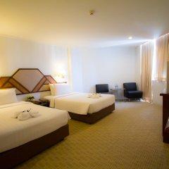 Отель Grand Sole Pattaya Beach Hotel Таиланд, Паттайя - отзывы, цены и фото номеров - забронировать отель Grand Sole Pattaya Beach Hotel онлайн комната для гостей фото 2