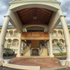 Glistening Waters Hotel фото 4