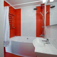 Гостиница Partner Guest House Khreschatyk ванная