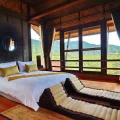 Отель Alama Sea Village Resort Ланта сейф в номере