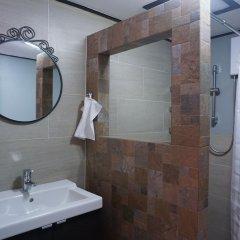 Отель Borarn House Таиланд, Бангкок - отзывы, цены и фото номеров - забронировать отель Borarn House онлайн ванная фото 2