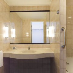 Отель Radisson Blu Royal Park Солна ванная