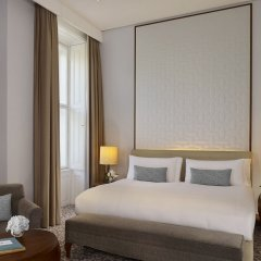 Отель The Ritz Carlton Vienna Вена комната для гостей фото 4