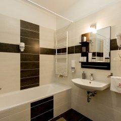 Отель Sun Resort Apartments Венгрия, Будапешт - 5 отзывов об отеле, цены и фото номеров - забронировать отель Sun Resort Apartments онлайн ванная фото 2