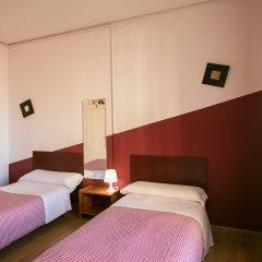 Отель Hostal La Casa de La Plaza комната для гостей