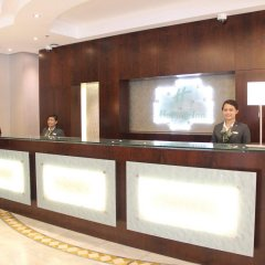 Отель Holiday Inn Abu Dhabi Downtown интерьер отеля фото 2