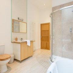 Отель Luxury Traditional Tenement Великобритания, Глазго - отзывы, цены и фото номеров - забронировать отель Luxury Traditional Tenement онлайн ванная фото 2