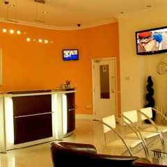 Отель Leisure Inn интерьер отеля фото 2