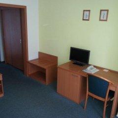 Отель Meritum Чехия, Прага - 10 отзывов об отеле, цены и фото номеров - забронировать отель Meritum онлайн удобства в номере