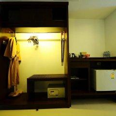 Отель Railay Princess Resort & Spa сейф в номере