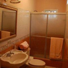 Отель Villa Marina B&B Гондурас, Тегусигальпа - отзывы, цены и фото номеров - забронировать отель Villa Marina B&B онлайн ванная