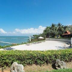 Отель Garden Cliff Resort and Spa Таиланд, Паттайя - отзывы, цены и фото номеров - забронировать отель Garden Cliff Resort and Spa онлайн пляж фото 2