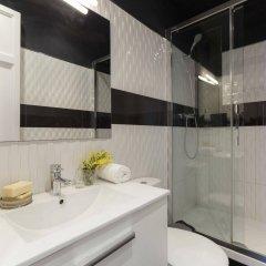 Апартаменты AinB Eixample-Miro Apartments ванная