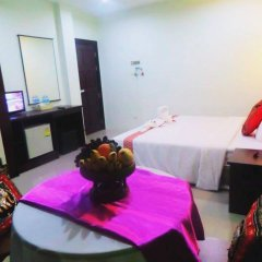 Отель Thana Patong Guesthouse комната для гостей фото 3