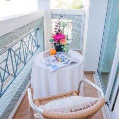 Отель Konnos Beach Villa No 5 балкон