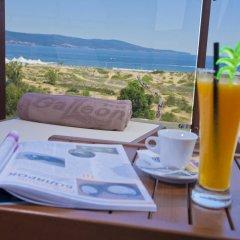 Отель Galeon Residence & SPA Солнечный берег в номере фото 2